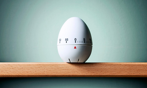 An egg timer.